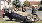 Žurio djevojci pa prevrnuo auto na krov