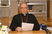 Božićna poruka požeškog biskupa mons. dr. Antuna Škvorčevića
