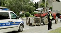 Sedamdesetpetogodišnjak vozio traktor i umro