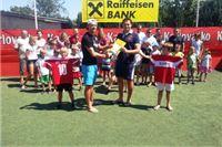 Nogometna Akademija No Limit primila donaciju Raiffeisen banke