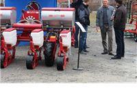 Na vanjskom izložbenom prostoru Viroexpa traktori, automobili i poljoprivredna mehanizacija