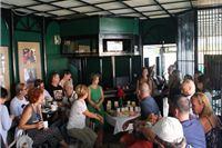 Jutarnja čajanka u Corner pubu
