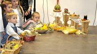 Za bakinim stolom pjesmom, plesom i kruhom prezentirali slavonsko srce