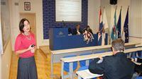Policijskim službenicima održano predavanje na temu Pomoć i podrška žrtvama kaznenih djela
