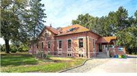 Informativno-edukativnom centru – hostelu Dravska priča uručena plaketa Zlatni Suncokret