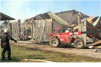 U požaru na Višnjici izgorjela zgrada, sijeno i strojevi, šteta 4 milijuna kuna