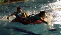 Igre na vodi: Uz natjecanje u vodenim sportovima  po prvi puta bit će izabrana miss mjesnog odbora