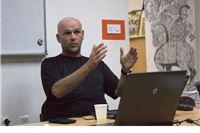 Saša Leković: Promoviraju se teze koje opravdavaju primitivizam