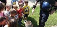 Policajac - moj prijatelj
