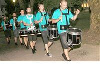 Ulična zabava uz bubnjare