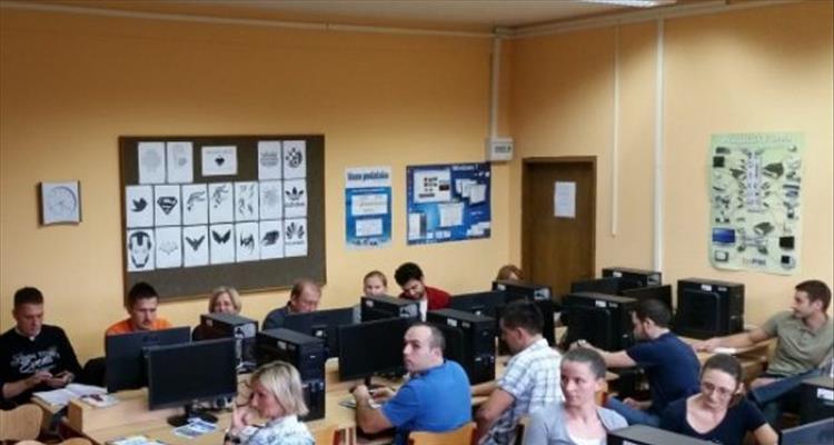 Projekt ICT4SCF predstavljen informati�arima
