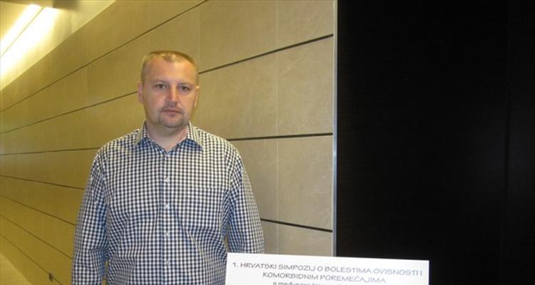 Knjiga �Komunikacija s ovisnicima� Sini�e Brlasa, predstavljena na prvom hrvatskom simpoziju o ovisnostima