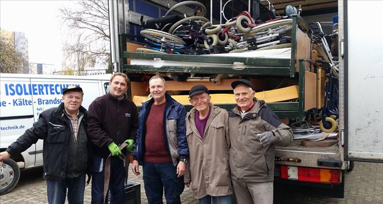 Vrijedne ruke volontera Njemačko-hrvatske Zajednice iz Karlsruhe-a