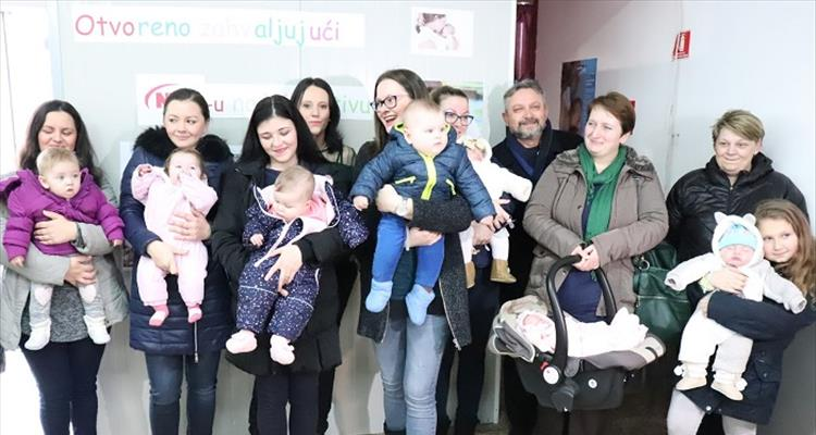 Otvoren prostor za dojenje i presvlačenje beba u Slatini