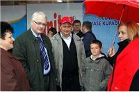 Josipović: U politiku vratiti moral i poštenje, a korupciju istjerati batinom