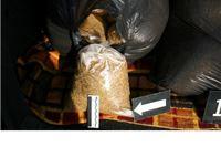 Policija u prtljažniku automobila pronašla 51 kilogram duhana namjenjenog ilegalnoj prodaji