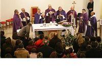 Proslavljena prva sv. Misa u crkvi Crkve Pohođenja blažene Djevice Marije u Koriji