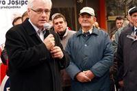 Branitelji za Ivu Josipovića