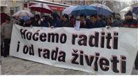 U Orahovici prosvjeduje 400 radnika tvrtke KIO