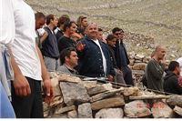 Članovi DVD Virovitica sudjelovali u gradnji križa za poginulog kolegu Hrvoja Strikomana