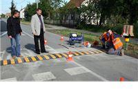 """Kod Područne škole u Rezovcu postavljeni """"ležeći policajci"""""""