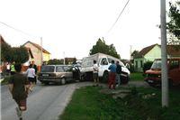 U sudaru terenca i automobila trojica ozlijeđena