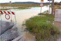Očajni stanovnci Osječke ulice plaše se zaraze - fekalije poplavile podrune
