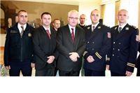 Virovitičkim policajcima Josipović dodijelio odličja