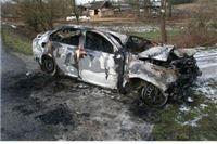 Zarobljen u smrskanom automobilu – živ izgorio