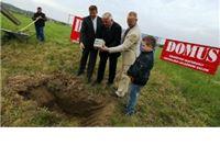 Položen temeljni kamen za izgradnju novog pogona i hale tvrtke Domus u Poduzetničkoj zoni III