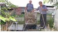 'Crkle' pumpe, kanlizacijske vode u dvorištu