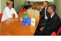 ADRA bolnici poklonila 400 primjeraka Novog zavjeta