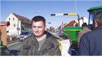 Nakon petosatne blokade seljaci u Suhopolju odvezli traktore s ceste
