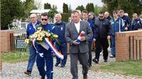 Izaslanstva kuglačkih klubova HVIDR-a odale su počast poginulim Hrvatskim braniteljima