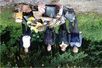 """U akciji """"Zelena čistka – jedan dan za čisti okoliš"""" i SDP–ovci u Milanovcu zasukali rukave"""