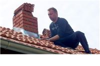 Udar groma Hećimovićima srušio dimnjak i zapalio kuću