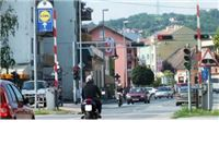 Pijan motociklom kroz grad brže od 100 kilometara na sat