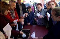Na SDP-ovoj kestenijadi građanima se predstavio kandidat za gradonačelnika Damir Barić