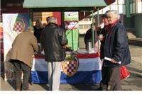 Slatinski HSS Badnje prijepodne proveo u druženju s građanima