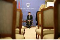 Još da se premijer počne 'fajtati' zbog ekonomskih tema...