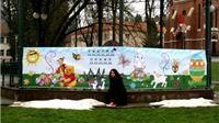 Olja Stoponja banerom dugačkim 6,85 metara građanima čestitala Uskrs