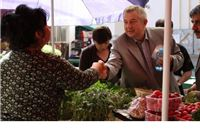 Damir Barić na Gradskoj tržnici razgovarao s građanima