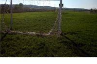 Namjerno potrgane mreže na Igralištu Dubravka