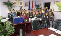 Učenici Osnovne škole I. Brlić – Mažuranić iz Orahovice i Osnovne škole Zdenci  u posjeti županiji