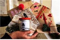 Za Božić daruju zdravlje u novinskom papiru, sa šarenim 'coflekom'