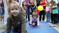 6. natjecanje beba u puzanju