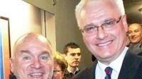 Zbog fotografije s Josipovićem dobio anonimno pismo: Jednoga ćeš dana gorko požaliti što ovo radiš