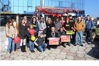 Živi zid s građanima: Besplatni zagrljaj
