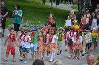 Cvjetni korzo i 1. dječja smotra folklora (Fotogalerija)