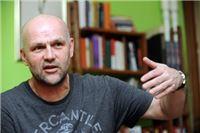 Saša Leković Nevenu Paveliću: Znam da Vas ja kao jedan od Vaših prvih urednika sasvim sigurno nisam učio da budete neprofesionalni